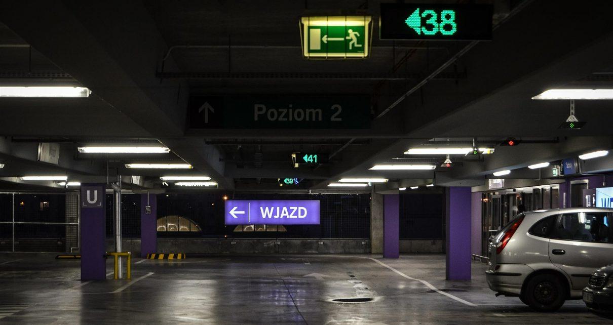 Podziemne parkingi